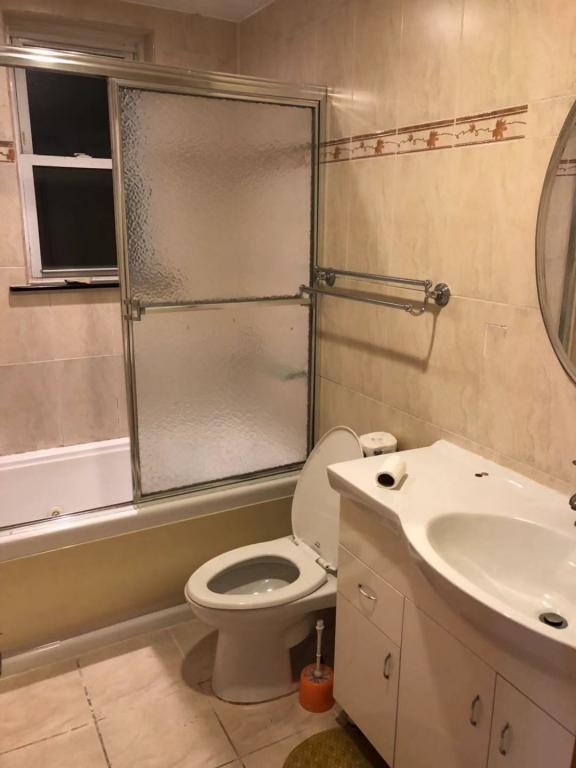 法拉盛三房两厅两浴出租