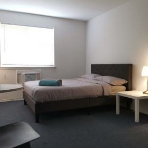 房屋出租 - 近法拉盛、曼哈顿。单房/整层出租。